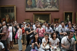 Have you ever seen this many Asian tourists in one place? No. No, you have not.